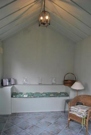 Utility room and garden lounge