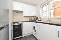 1 bed Flat for sale in Barnes House...