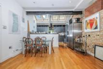 3 bed Flat for sale in Pump House Close, SE16.