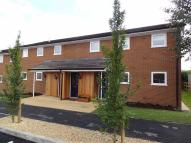 Flat to rent in Brookfield Close...