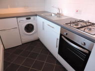 Ground Flat to rent in Green View Flats, Kendal...