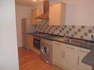 Apartment to rent in Stricklandgate, Kendal...
