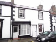 2 bedroom property to rent in Church Street, Llangollen
