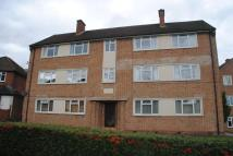 Flat to rent in Bickley Avenue...