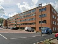 2 bedroom Apartment in Kestrel Road, Farnborough