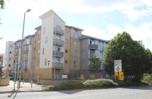 Apartment to rent in Coombe Way, Farnborough