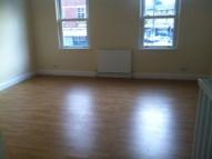 Flat in Stockwell Road, London...