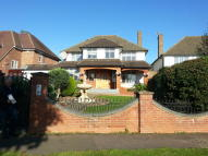 5 bedroom Detached home in Greenbrook Avenue...