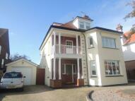 5 bedroom Detached home in Trafalgar Road...
