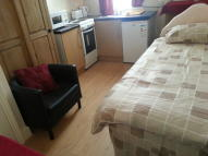 Studio flat to rent in St. Ann'S Road, London...