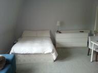 1 bedroom Studio flat to rent in WHITEHALL PARK, London...