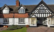 3 bedroom Cottage in Bridgnorth Road...