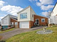 4 bed Detached house in High Meadows, Compton...