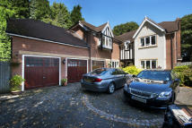 5 bedroom Detached property to rent in Woodside, Four Oaks...