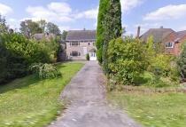 4 bed Detached house in Strawmoor Lane, Oaken...
