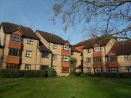 Apartment to rent in Ryde Court, Newport Road