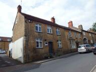 2 bedroom Flat to rent in West Street, Crewkerne
