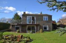 2 bedroom Detached house in Petworth, West Sussex