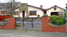 4 bed Detached Bungalow for sale in Litherland Park...