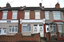 1 bedroom Flat for sale in Hermitage Road, London