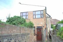 Town House to rent in Frobisher Road, Harringay