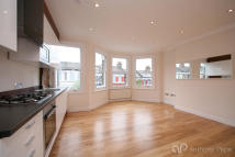 3 bed Apartment in Seymour Road, Harringay