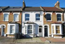 Whittington Road Flat to rent