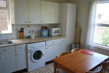 2 bed Flat in Pemberton Road...