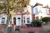 2 bedroom Apartment in Warham Road, Harringay