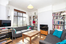2 bed Terraced property for sale in Clarendon Road, Harringay