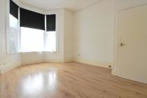 2 bedroom Flat to rent in Abbotsford Avenue...
