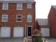 property to rent in 14 Frith Close