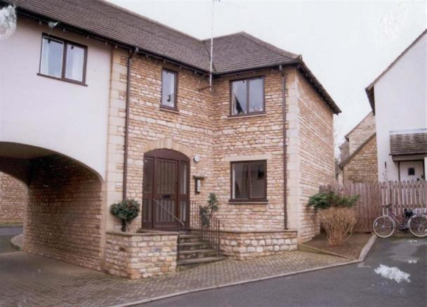 1 Bedroom Apartment To Rent In Philips Court Stamford Pe9