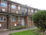 Flat to rent in Hillyfields, Loughton...