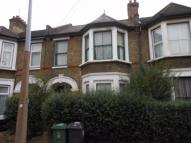 3 bedroom Flat to rent in Lawton Road, LONDON