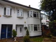 Maisonette to rent in Forest Side, LONDON