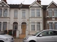 3 bedroom Terraced house in Shrewsbury Road, LONDON