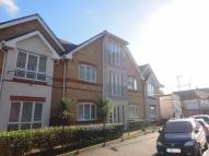 Apartment in Dominion Close, Hounslow...