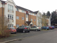 2 bed Flat in Newcombe Gardens...