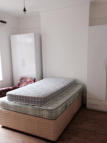 2 bed Flat to rent in  Montague Road...