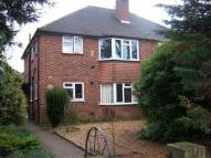 Maisonette to rent in Thornbury Road...