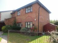 Maisonette for sale in Heathlands Way ...