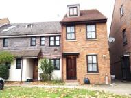 3 bedroom Terraced house to rent in Stanley Road,  Hounslow...