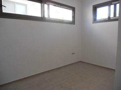 Lower ground fl room