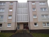 Flat to rent in Cairnhill Drive...