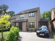 4 bedroom Detached house in Farm Close...