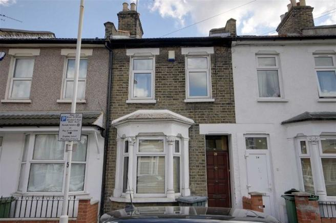 2 Bedroom House To Rent In Stratford 2 Bedroom Terraced House To Rent In Aldworth Road