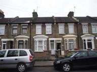 2 bedroom property to rent in Neville Road, Forest Gate