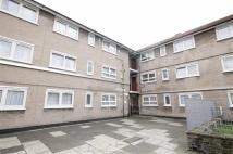 Flat to rent in Davidson Terrace...