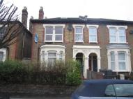 Borthwick Road Flat to rent